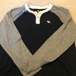 Abercrombie kids long sleeve t shirt boys 15/16